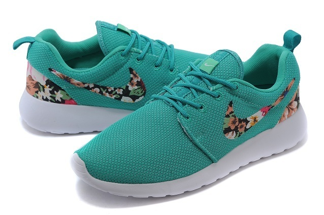 2015 Nike Roshe Run Green White Shoes
