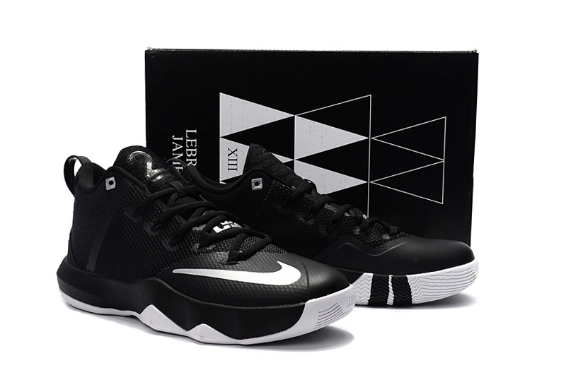Men Nike Ambassador 9 Black Silver Shoes