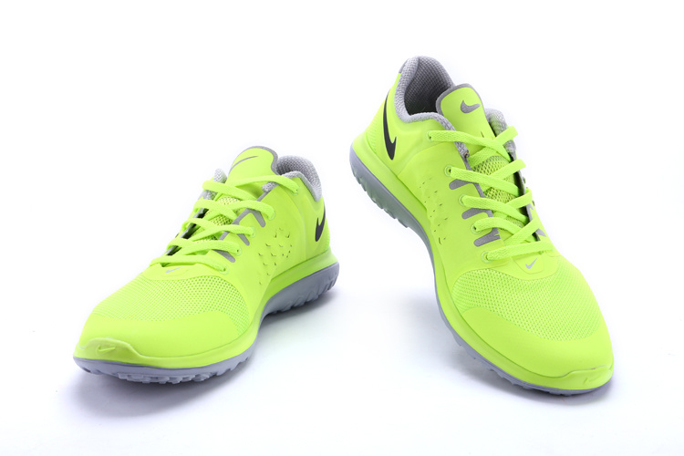 Nike FS Lite Run Fluorscent Green