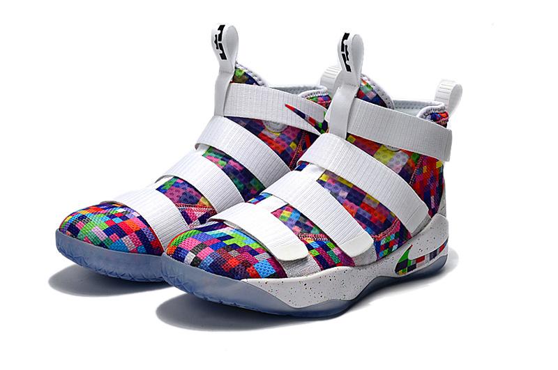 Men Nike Lebron James Soldier 11