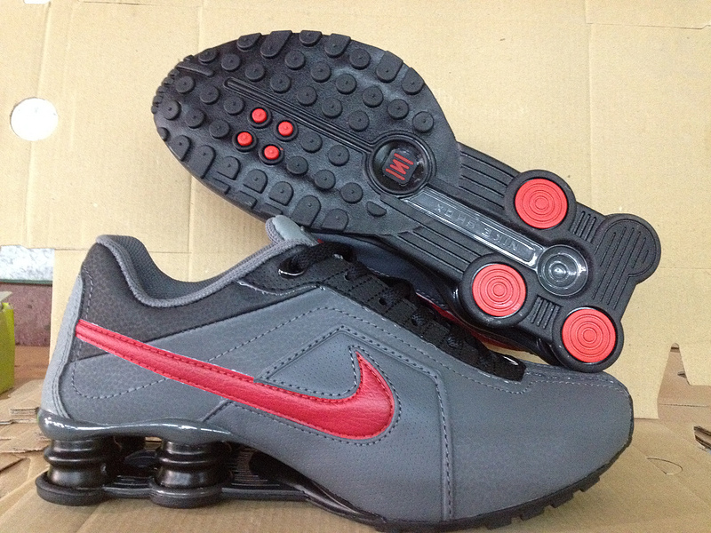 Nike Shox R4 Shoes Black Grey Red Big Swoosh