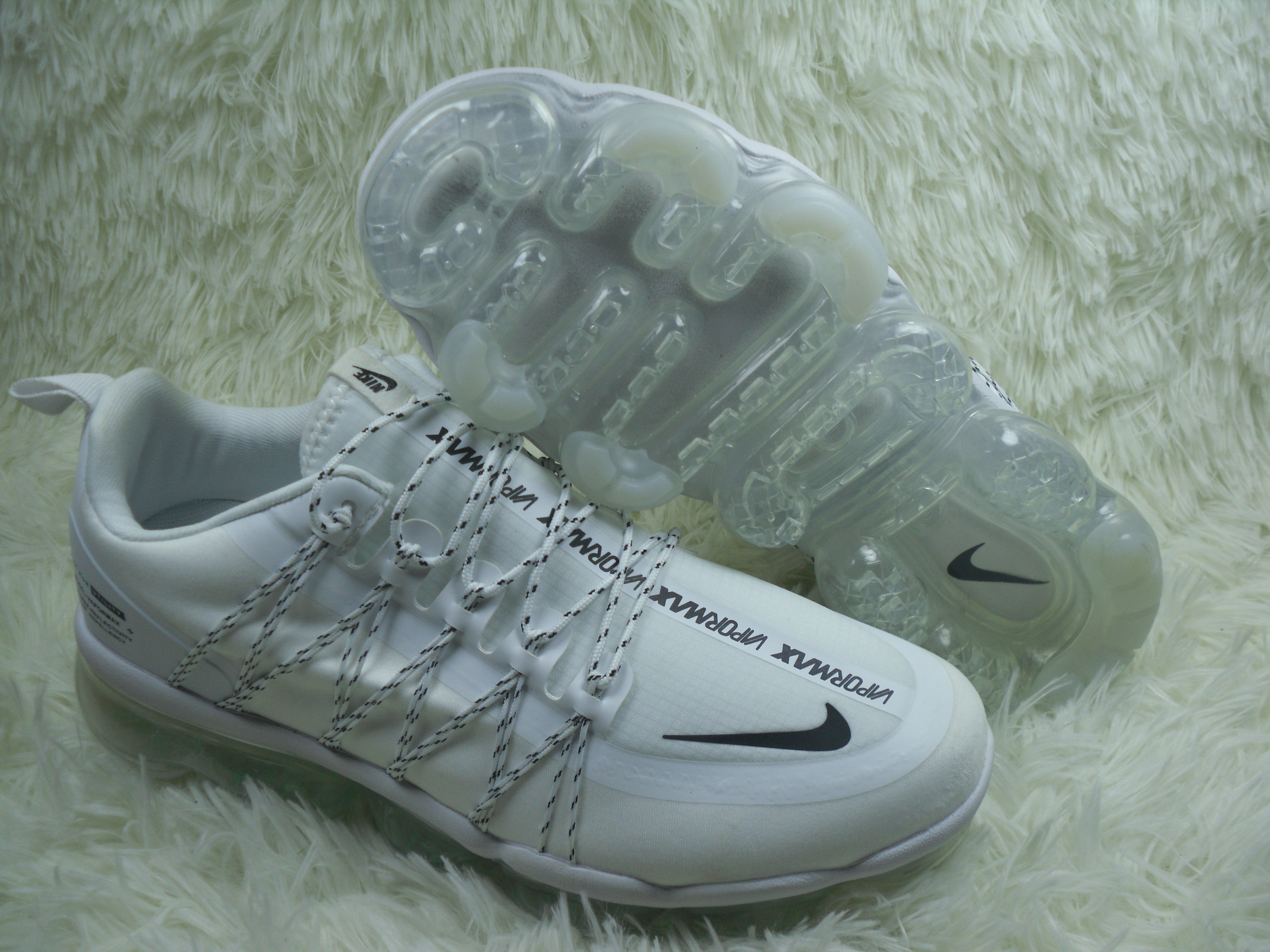 NIKE SP W Air VaporMax Run Utlty White Black Shoes