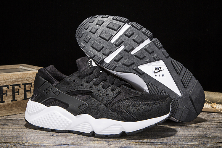 New Women Nike Air Huarache Black White Shoes
