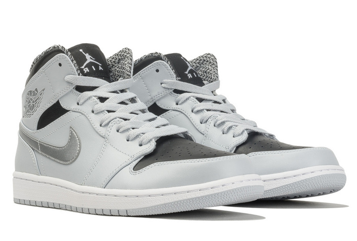 new products 65119 e7858 New Air Jordan 1 Mid Pure Platinum Metallic Silver Black White