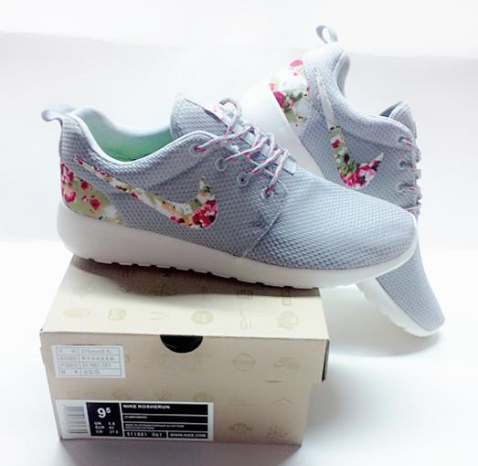 big sale 44eb1 a0360 New Nike Roshe Run Light Grey Follow Shoes