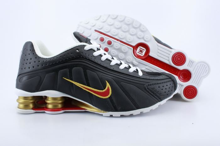 reputable site 92c2b 2655e Men s Nike Shox R4 Black Gold Red Shoes