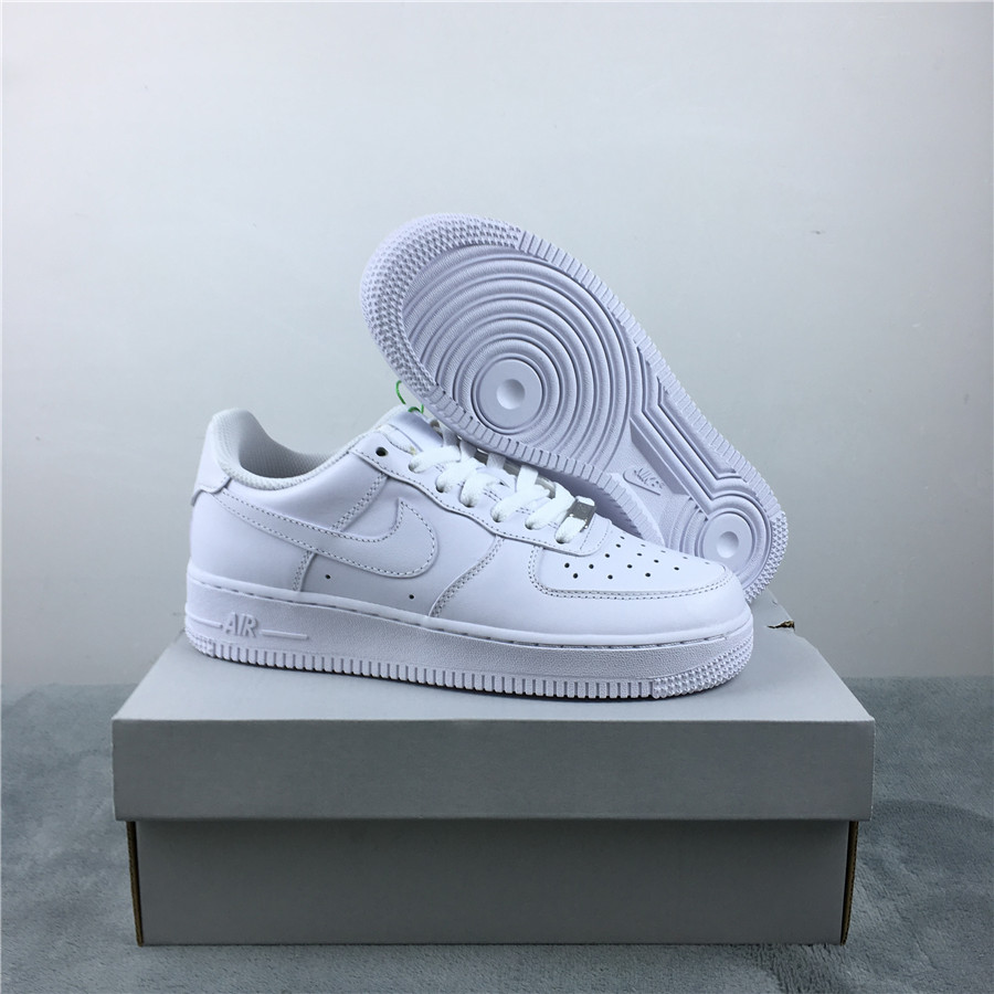 Women Nike Air Force 1 '07 All White Shoes