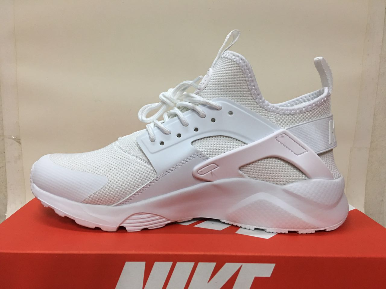 Women Nike Air Huarache 6 Flyknit All White Shoes