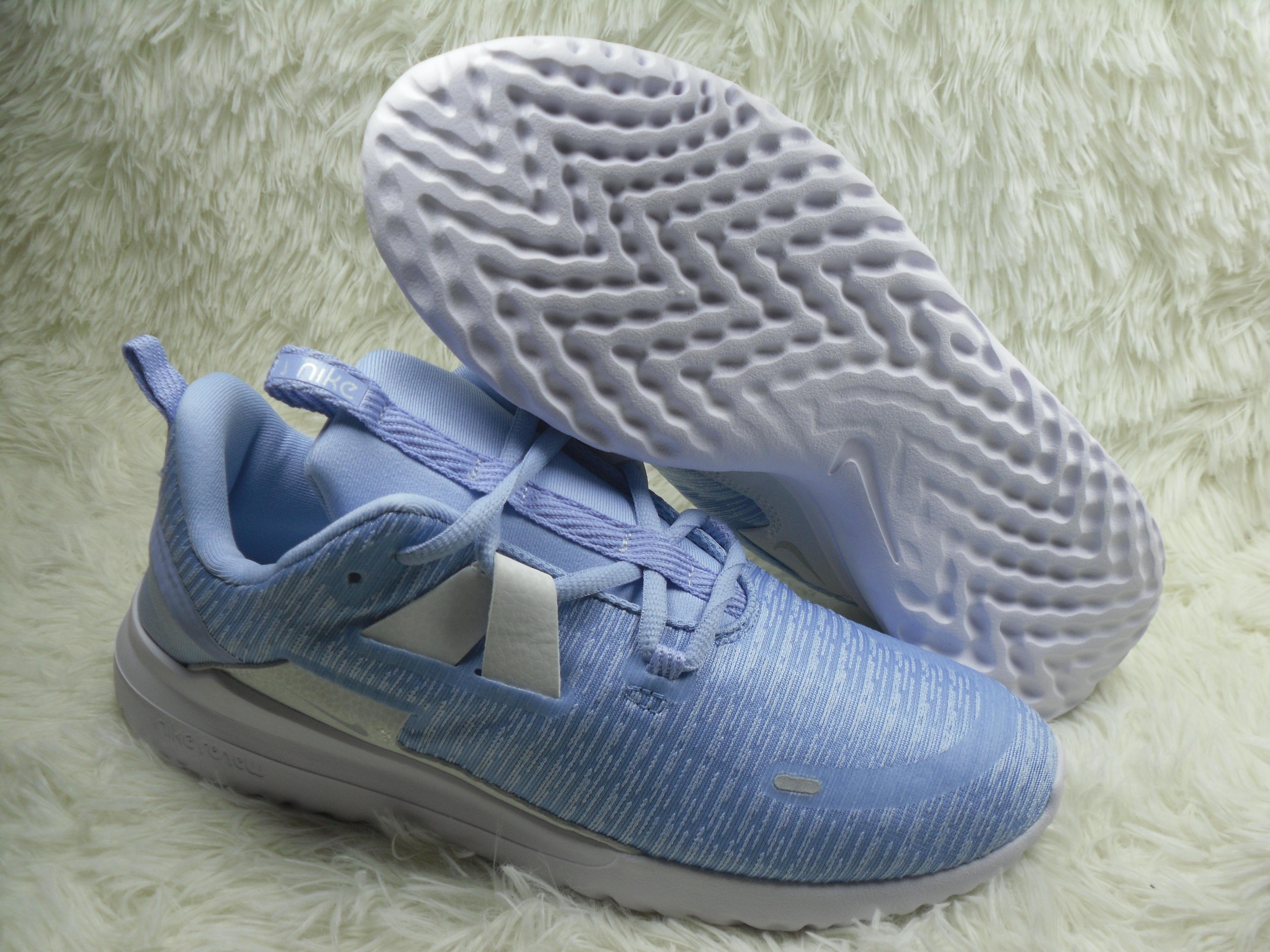 sílaba fecha profesional  Nike Renew Arena Flyknit : Real Nike Running Shoes, Nike Running Shoes