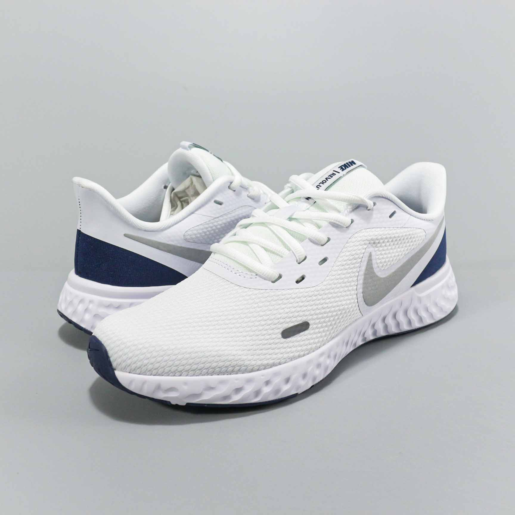 Nike Revolution 5 White Silver Blue Shoes