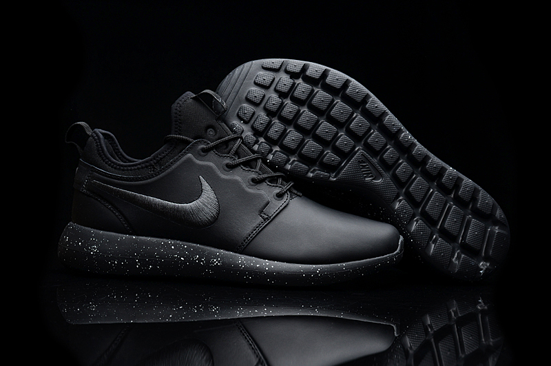 online retailer b2219 68db0 Nike Roshe 2 Leather PRM All Black Shoes
