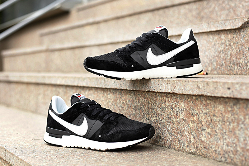 Nike 2015 Archive Black White Women Shoes