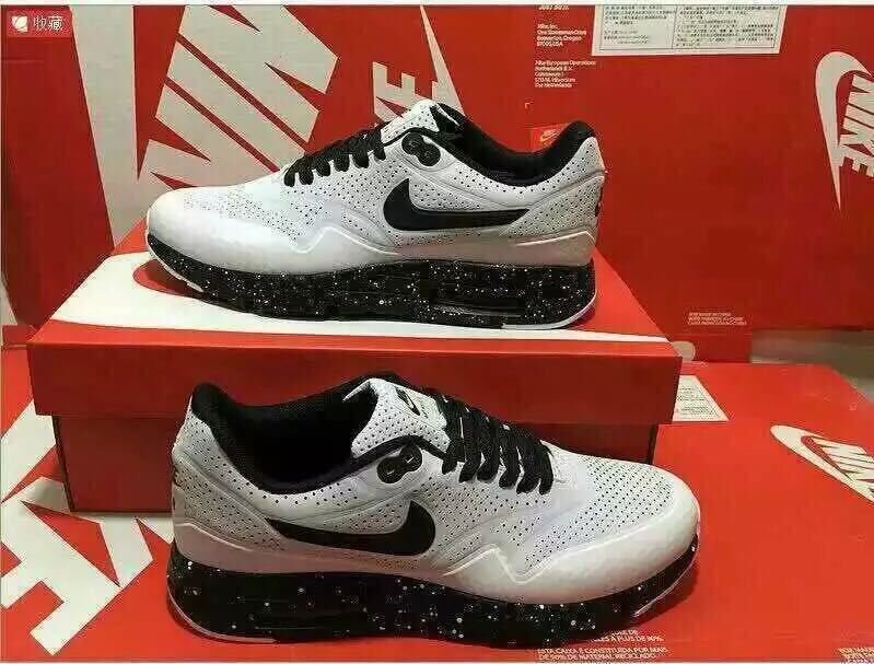 Limited Nike Air Max 1 Ultra Moire White Black Shoes