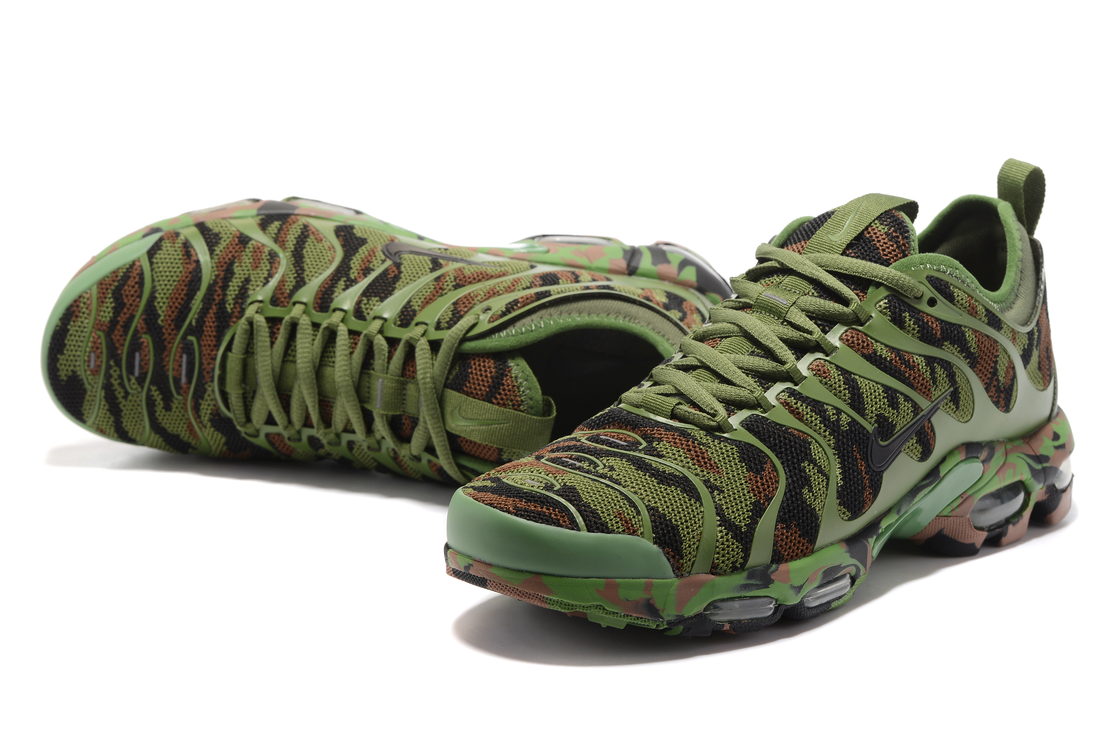Nike Air Max Plus TN Camo Army Green Shoes