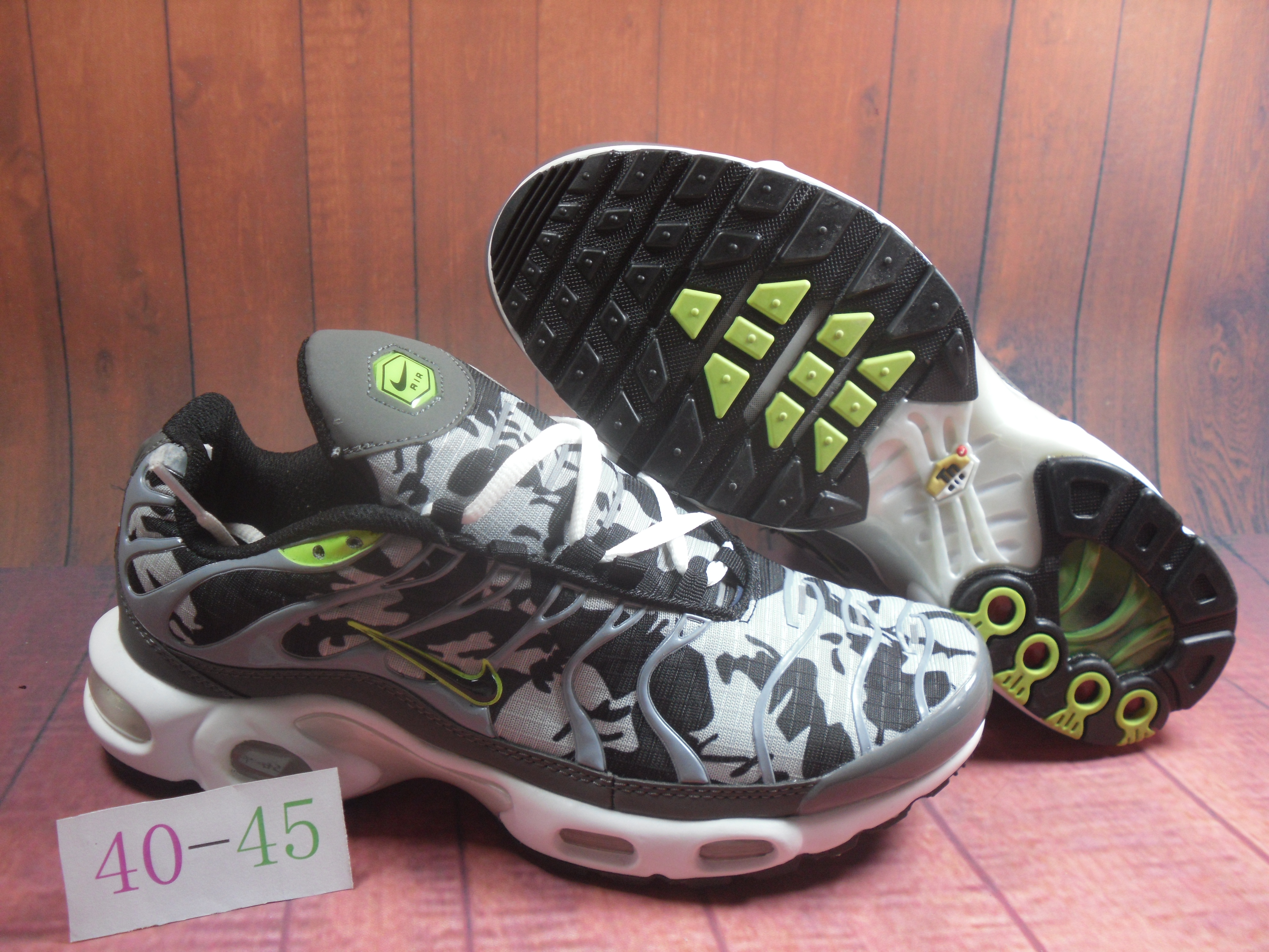 Nike Air Max Plus TN Grey Black Green Shoes