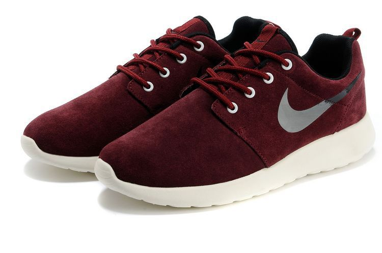 plus récent 433d9 fc966 Nike Roshe Run Wine Red White Black Swoosh Shoes