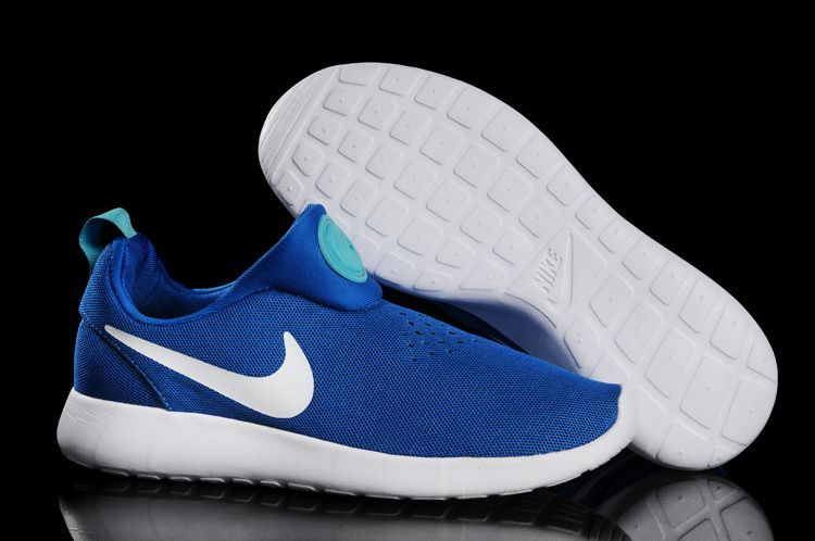 check out 49b44 6eac2 Nike Rosherun Slip On Baby Blue White Swoosh Shoes