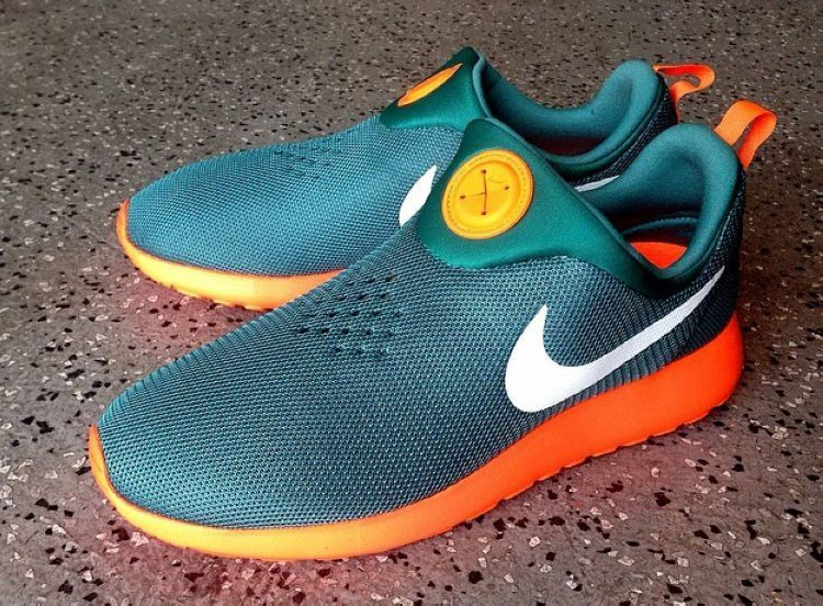 Nike Rosherun Slip On Dark Green Orange White Shoes
