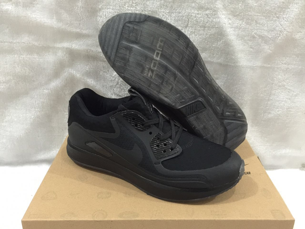Nike Zoom 90 IT All Black Shoes
