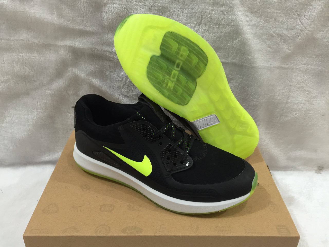 Nike Zoom 90 IT Black Fluorscent Green Shoes