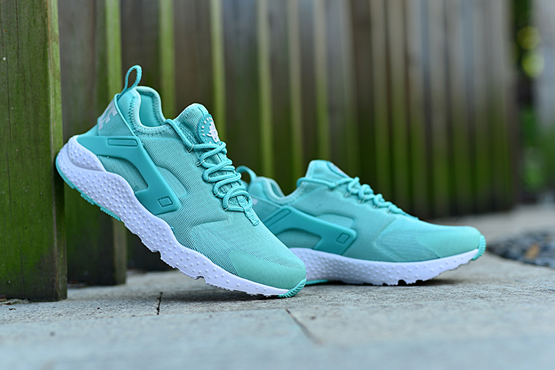finest selection ddc7f 05838 Women Nike Air Huarache 3 Light Green White Shoes