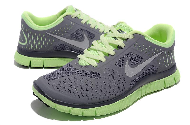 Run 4.0 V2 Dark Grey Green Shoes